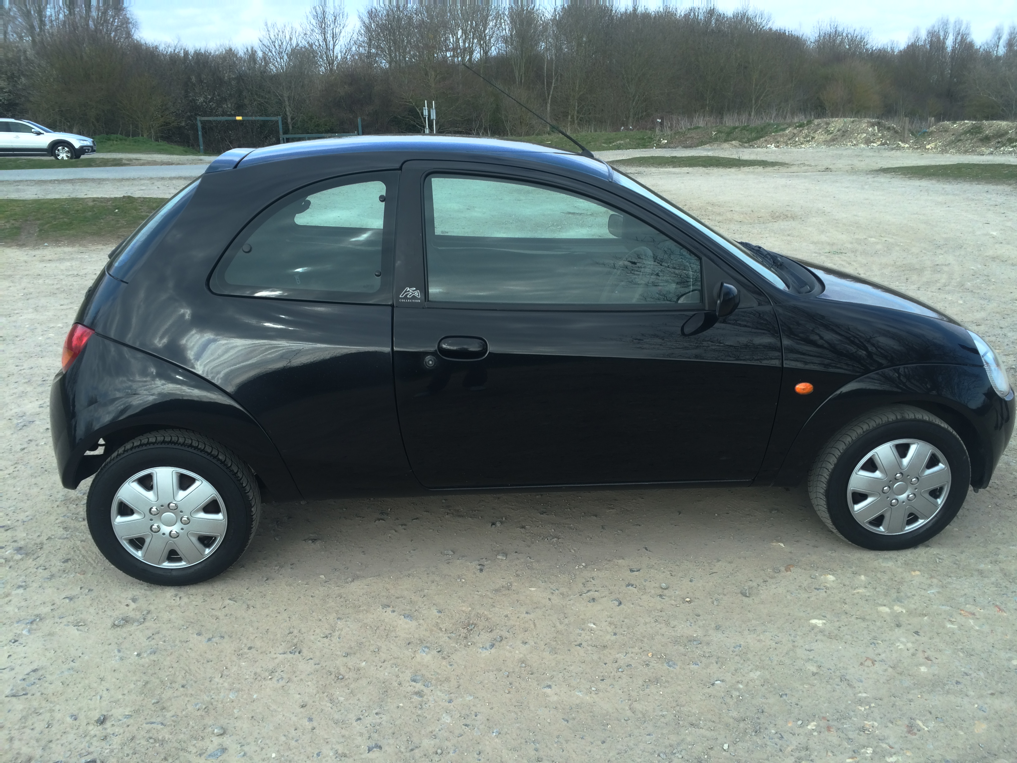 ford ka collection 1 3 used cars portsmouth car body guard. Black Bedroom Furniture Sets. Home Design Ideas